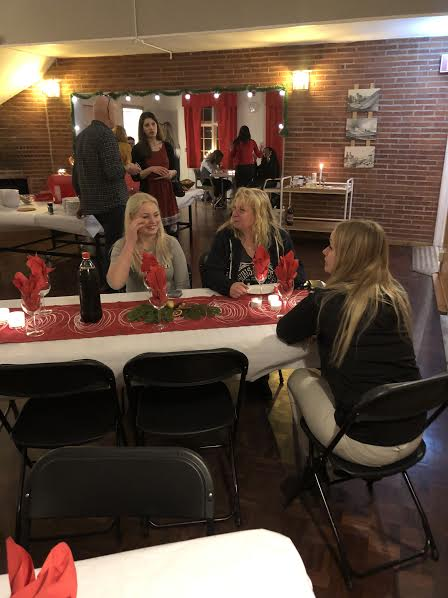 Julbord med glaucus assistans
